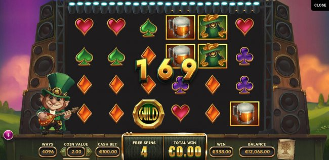 A big win triggered by multiple winning combinations during the free spins feature - Free Slots 247